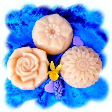 Blütenseife für Haut & Haare